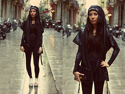 Taru L - Second Hand Leather Vest With Hood, Vagabond Platforms, Asos Playsuit - Leather Hoodie