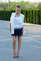 Ana Ciorici - Zara Skirt, Mango Blazer, Mango Tshirt, Yves Saint Laurent Shoes - The swan
