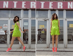 Veronika B - Dress, Nike Shoes - Can you just re­lax and let things hap­pen?