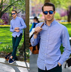 Adam Gallagher - Similar Here  > Shirt, Similar Here  > Glasses, Trousers, Vans Boat Shoes - Madison Square Park