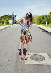 L A - High Heels Suicide Tank, Sheinside Shorts, Jeffrey Campbell Shoes - This life is shining more forever in the sun