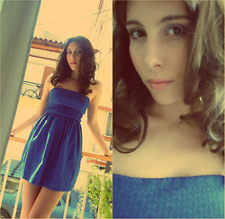 Vicky Ath -  - Blue dress