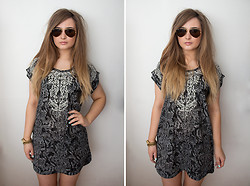 Emma Woodley - H&M Patterned Tunic, Michael Kors Watch, Ray Ban Sunglasses - White Noise