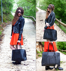 D De - Zara Dress, Balenciaga Bag, Gucci Sunglasses - In the wood