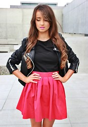 Alexandra M - Skirt - RED SKIRT