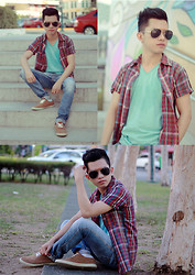 Evelio Barion - Bench Basic Tee, Zap Pants, Nathaniel Back   Up Shoes - Sunnies