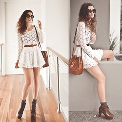 Elle-May Leckenby - White Lace Romper, Brown Leather Pumps, Thrifted Brown Leather Pouch, Zerouv Circle Shades - Going to the Seaside Markets