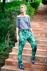 Pol A - Reiss Top, Uterque Pants, &Other Stories Shoes, Lulu Frost Necklace - GREEN-GREY