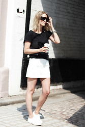 THEFASHIONGUITAR - - Céline Sunglasses, Asos T Shirt, H&M Skirt, Superga Trainers, Givenchy Clutch - The statement skirt