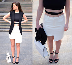 Aurelia K. - H&M Trend Skirt, Zara Bag, Diy Top, Thrifted Vest, Zara Sandals - Contrast