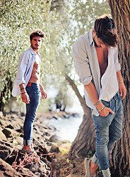 Mariano Di Vaio - Aglini Shirt, H&M Jeans, Asos Boat Shoes - Summer breeze of love.