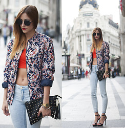 Andrea Gomez - Suiteblanco Jacket, Zara Jeans - CROPPED TOP + JEANS
