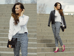 Outi Toivola - H&M Pants, Monki Clutch, Cubus Bomber - Pop of Pink