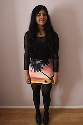 S Z - Bam Sunset Paradise Skirt, New Look Mesh Crop Top, Daisystreet Chelsea Boots - Paradise