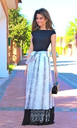 Silvia Garcia Blanco - Easy Wear T Shirt, Teria Yabar Skirt, Suite 210 Bag - Long skirt / Falda larga