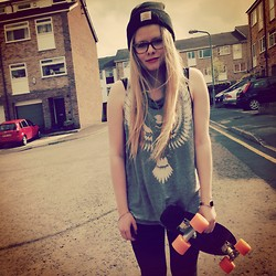 Anna Maria - H&M Shirt, Carhartt Hat, Casio Watch, Southcoast Skates Cruiser Board - Van she_idea of happiness