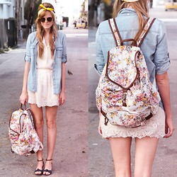 Steffy Degreff - Lulus Floral Backpack, Tea And Tulips White Top - Floral + white.