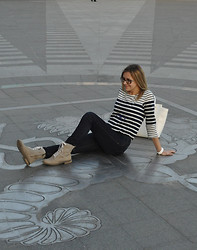 Natalia Yancheva - Lindex Bag, Lindex Sailor's T Shirt, Swatch Watch, Zara Jeans, Tamaris Boots - The country of Euro 2012