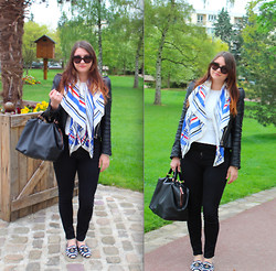 Dasha Romanova - Zara Slippers, Prada Sunnies - Patriote !!