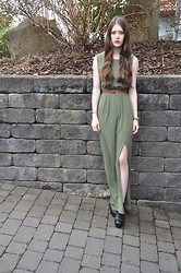Laura R. - H&M Maxidress, H&M Belt, Primark Heels - Maxidress