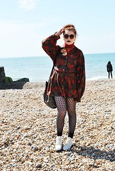 Ellie C - Vintage Off White Boots, Mum's Old Bag, Beyond Retro Shirt/Dress, Vintage Red Polo Neck - Hey rosalyn, tell me where you been