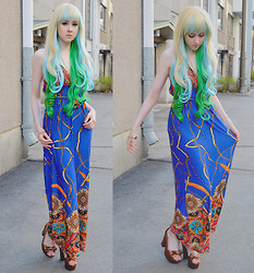 Rinka Essel - Tidestore Maxdress, H&M Jewelry, H&M Heels - Mermaids on earth