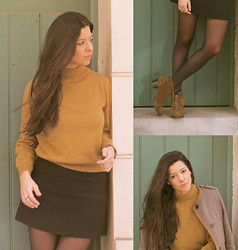 Rebeca Otero - Bimba & Lola Booties, H.E. My Boyfriend's Shrunken Sweater, Vintage Wool Skirt, Calzedonia Tights, Sfera Ring - Sunday morning