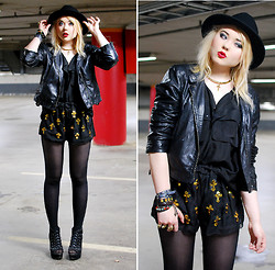 Paula Ilona Viktoria - Borrowed From Friend Hat, Gina Tricot Cross Collar, 2nd Hand Leather Jacket, Mick's Oversized Blouse, Sheinside Sequin Cross Shorts, Nelly Wedges - SEQUIN SURPRISE.