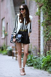 Virgit Canaz - Moschino Vintage Belt, Vest, Céline Sunglasses - White and Black