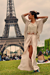 Blanche Mandl - Zara Skirt, Jersey, New Look Sandals - It's Paris. You don't come here for the weather.