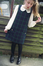 Alice Larke - Mod Dolly Tartan Pinafore, River Island Peter Pan Collar Blouse, Dr. Martens - Tartan Pinafore