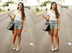 Nydia Enid - Forever 21 Silver/Lavender Necklace, Pacsun Gray Top, Forever 21 Blue/Silver Shorts, Zara Black Bag, Gray Wedges - NEUTRAL
