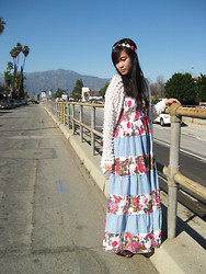 Wing Y. - Forever 21 Floral Headband, 213 Industry Knit Cardigan, Urban 1972 Floral Maxi Dress - FLORAL DUST