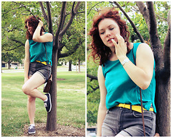 Paulina C. - Bdg Jean Shorts, Vintage Teal Shirt - The Trees Beyond