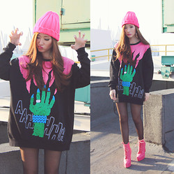 Elle Yamada - Choies Monster Sweater, Decimal Shoes Pink Boots - Think Pink