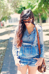 Gabirul C - Massimo Dutti Denim Shirt, Pull & Bear Denim Jumpsuit, Fossil Bag - Denim me this