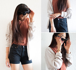 Melanie L - Levi's® Shorts, Fizzen Sunglasses, Pull & Bear Cardigan, H&M Top - I never wear Shades