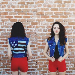 Emma Noelle - Levi's® Levis Harley Vest, Thrifted High Waited Red Shorts - Too Afraid To Love You