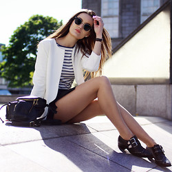 Anouska Proetta Brandon - Choies Skort, Choies Jacket, Zara Top, Asos Backpack, Daniel Wellington Watch, Office Shooes - Internatize.