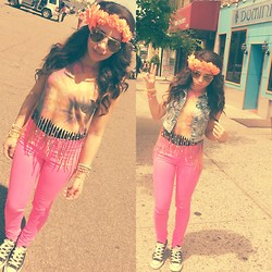 Bayann Aburub - H&M Tie Die Top, H&M Hot Pink Skinnies - Hippie Look for EDC