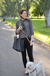 Melissa Cabrini - Maxmara Blouse, Zara Trousers, Givenchy Bag, Chanel Flats - Black and Grey, you'll never fail