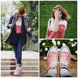 Typhaine - Converse Shoes, Sheinside Sweater, Sheinside Jacket, Levi's® Jeans, Vintage Scarf - Flower gum.