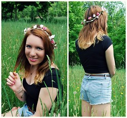Meg Davis - Forever 21 High Waisted Shorts, Forever 21 Crop Top, Diy Flower Crown - The Journey is the Destination