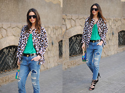 Zina CH - H&M Jacket - Leopard on Green