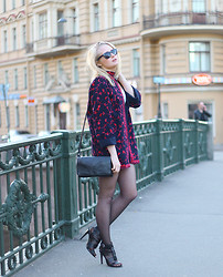 Maria Riivari - Zara Shoes - China pink