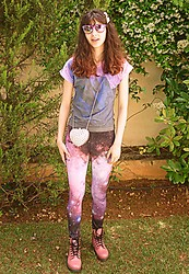 Stella Pnp - Giant Vintage Mirror Purple Sunnies, Your Eyes Lie Landscape T Shirt, Romwe Heart Studded Bag, Romwe Galaxy Printed Leggings - Romwe leggings contest