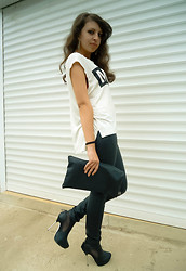 Marina Petrova - Choies Music T Shirt, New Yorker Lethaer Pants, Gina Tricot Ankle Boots, Diy Clutch - MUSIC