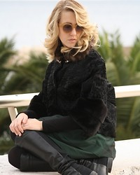 Lady Fur Welovefur - Carlo Ramello Fur Coat, Stuart Weitzman Boots - Going for a walk