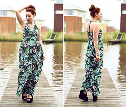 Amelie S. -  - Tropical print maxidress