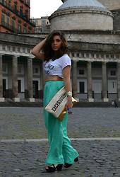 Lucia Palermo - Bershka Skirt, Pennyblack T Shirt, Pull & Bear Shoes - Maxi Skirt